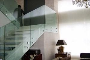 Guarda-corpo de vidro